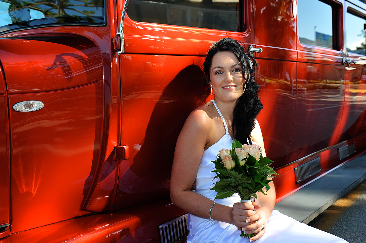 bride-red-car